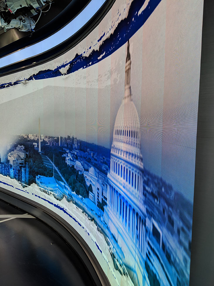 Color Shifting on Faceted Video Wall